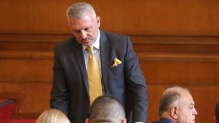 Николай Хаджигенов в пленарната зала на НС - 4 август 2021 г.