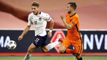 Италия и Холандия ще играят отново на 14 октомври.