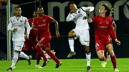 Без Божидар Краев (вдясно) Мидтиланд направи 0:0 в Прага