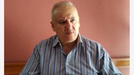 Атанас Костадинов