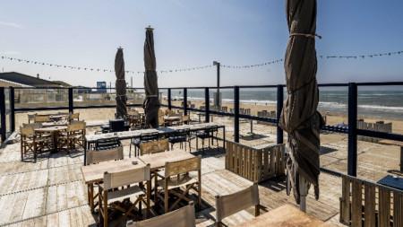 Кафенетата в Нидерландия ще отворят на 1 юни.
