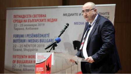 Ambasadori Raiytchevski në hapjen e Takimit të 15 Botëror të Mediave Bullgare në Tiranë