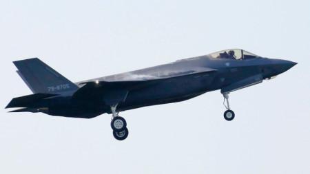 Изтребител Ф-35А