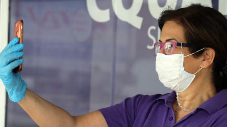 Селфи с маска и ръкавици, Никозия, 28 март 2020 г.