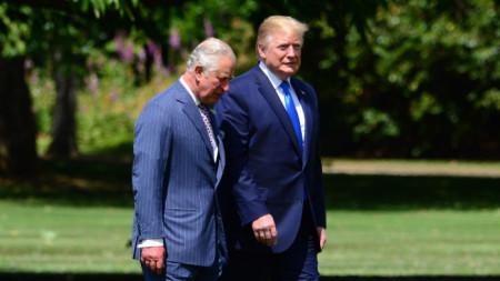 Доналд Тръмп и принц Чарлз по време на посещението на американския президент във Великобритания.