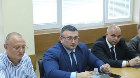 Младен Маринов, Пламен Нунев, Ивайло Иванов (от ляво надясно)