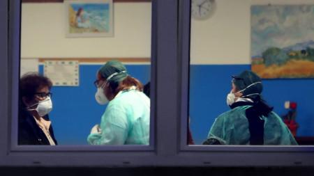 Заболелите в Италия са вече 152 души.