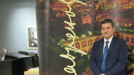 Лаврен Петров на представянето на книгата за Цанко Лавренов в СГХГ