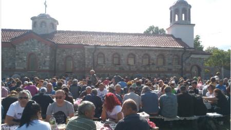 Събор в село Тросково