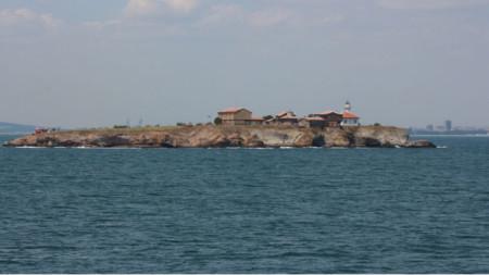 """Остров """"Св. Анастасия"""" в Бургаския залив в Черно море"""