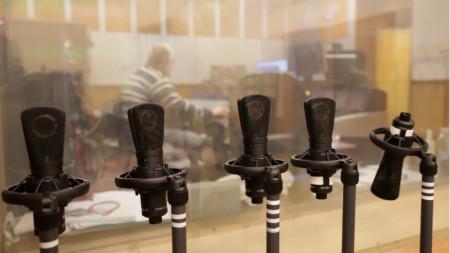 Студио,микрофони
