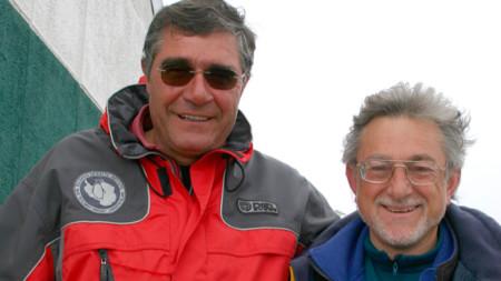 Prof. Jristo Pimpirev (i.) y Javier Cacho de la base antártica española Juan Carlos I