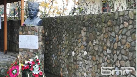 Паметник на Капитан Петко войвода в с. Доган Хисар