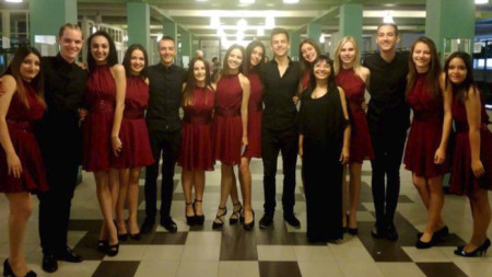 """Вокалният ансамбъл """"Фортисимо"""" – Бургас с диригент Милена Добрева е един от финалистите"""