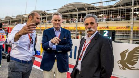 Шон Брачес (в средата) напуска Ф1, но ще помага.