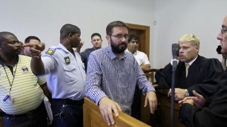 Доброслав Гаврич, чиято екстрадиция Сърбия иска за убийството на Аркан, в съд в Кейптаун през февруари 2012 г.