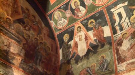 600-летняя фреска, изображающая Иисуса Христа, как будто находящегося в космической ракете