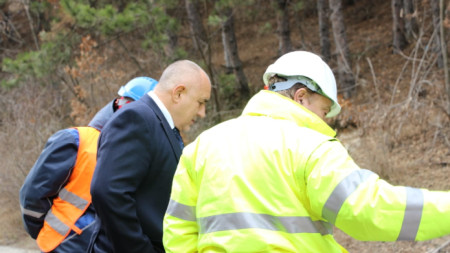 Борисов инспектира дейтостите в Мало Бучино