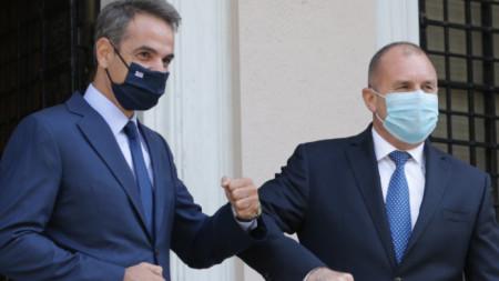 Румен Радев с гръцкия премиер Кириакос Мицотакис в Атина, 14 октомври 2020 г.