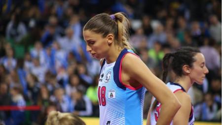 Елица Василева отбеляза 9 точки.
