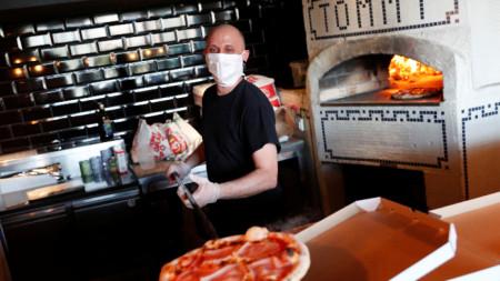 Италиански ресторант в Будапеща е обявил безплатни доставки за медицинските служители.