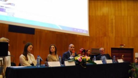 Цветан Цветанов на конференцията за трафик на хора.