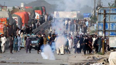 Протест на привърженици на Саад Ризви в Исламабад, 13 април 2021 г.