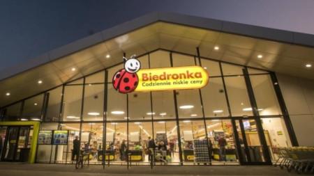 """""""Бедронка"""" е най-голямата верига от супермаркети в Полша."""
