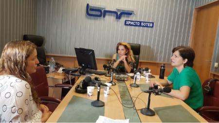 Ани Механджийска, Ива Дойчинова и Миглена Караканова (отляво надясно)