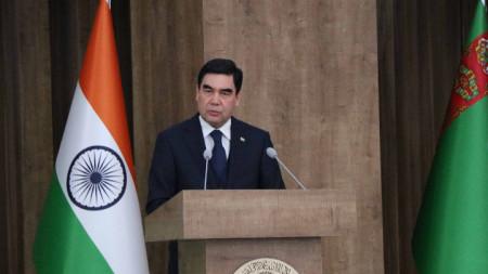 Президентът на Тюркмения Гурбангули Бердимухамедов