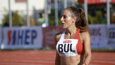 Ивет Лаловае беше безапелационна на 100 и 200 метра.