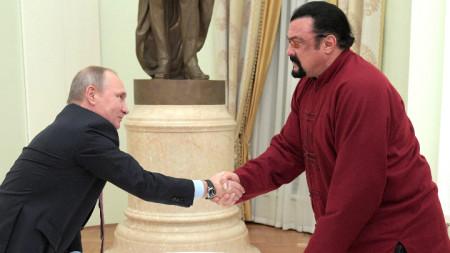 Стивън Сегал с руския президент Владимир Путин