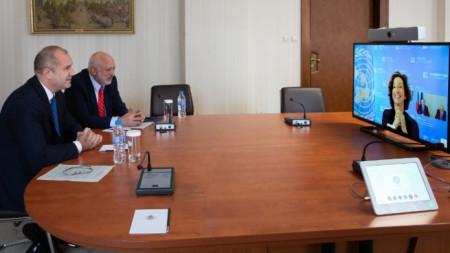 Румен Радев във видеоконферетна връзка с генералния директор на ЮНЕСКО Одри Азуле