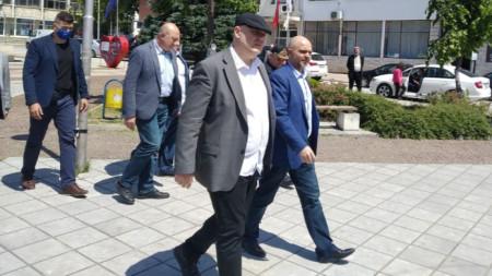 Главният прокурор Иван Гешев в Ябланица, където се провежда специализирана полицейска операция за борба с битовата престъпност.