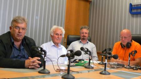 Валентин Стоичков, Борис Сандански, Ангел Джонев и Румен Леонидов в студиото на