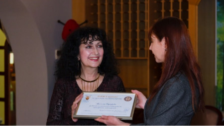 Василка Сугарева