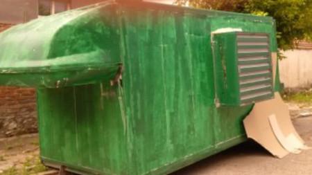 Фургон, незаконно присъединен към трафопост