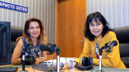 Ива Дойчинова (вляво) и Мария Чернева