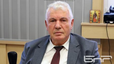 Стоян Братоев