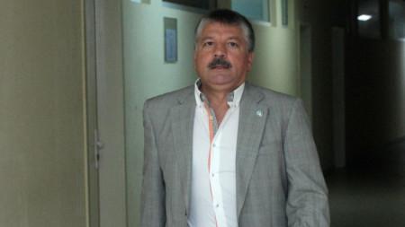 Юри Кучев