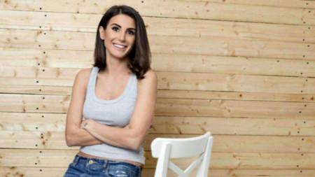 Актрисата Илияна Лазарова участва в кампания срещу изграждането на инсинератор за изгаряна на отпадъци.