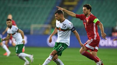 Васил Божиков за първи път изведе България с капитанската лента.