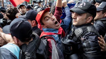 Най-много са арестуваните в района на емблематичния площад