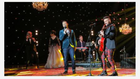 Кадър от благотворителния концерт, излъчен снощи от БНТ