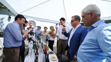 Дегустация на вино на предишно издание на годишния фестивал в Пловдив.