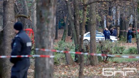 48-годишен мъж беше намушкан и убит в Борисовата градина днес