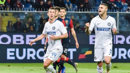 Икарди (вдясно) напуска Интер през лятото.