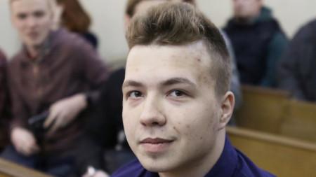 Роман Протасевич на съд в Минск през 2017 г. за участие в неразрешен от властите митинг.