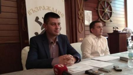 Владимир Павлов (вляво)