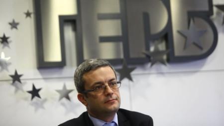 Депутатът Тома Биков коментира, че президентът Румен Радев прави тенденциозни внушения за ГЕРБ.